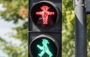 ampelmann-crossing-macro-1616781