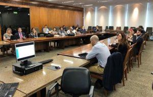 Rodolfo apresentando no evento do Ministerio da Economia